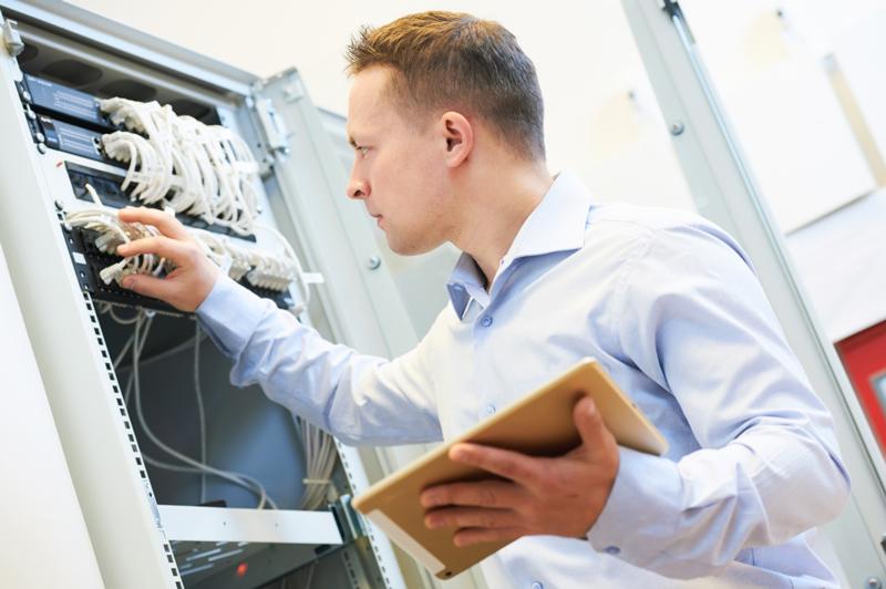 maintenance informatique - réparation pc système informatique - sav informatique - Reims marne